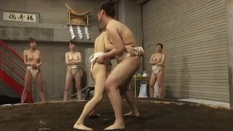筋肉美 女相撲 長身デカ力士たちが小男を軽々投げ飛ばす!